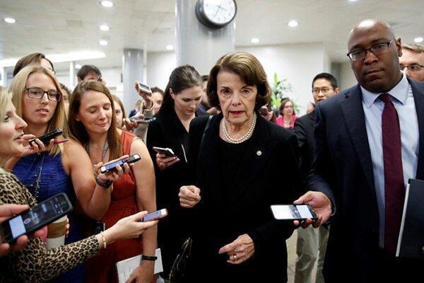 ادعای پولیتیکو درباره گفتگوی تلفنی ظریف و سناتور آمریکایی