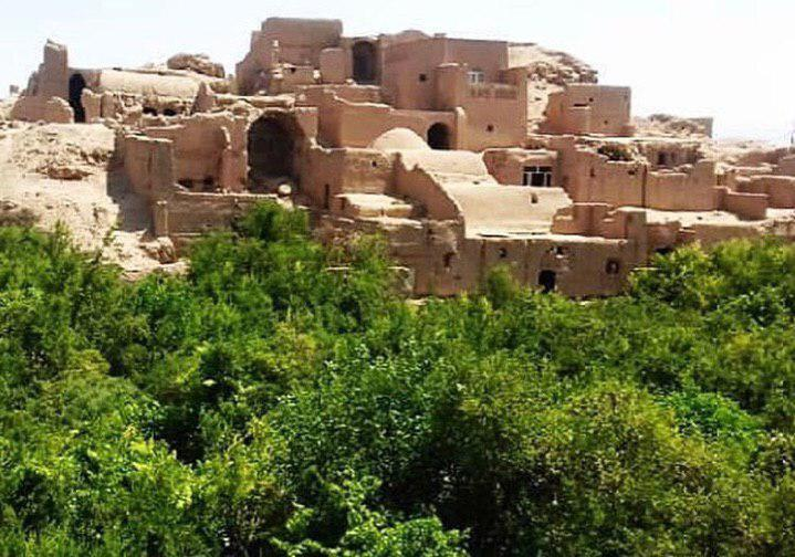 اعتراض شدیدالحن نرگس آبیار، پرویز پرستویی و الناز شاکردوست به تخریب بافت تاریخی در یزد ، میراث یزد جوابگو باشد
