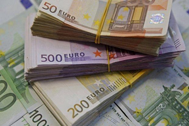 رشد قیمت انواع ارز ، افزایش 50 تومانی نرخ یورو