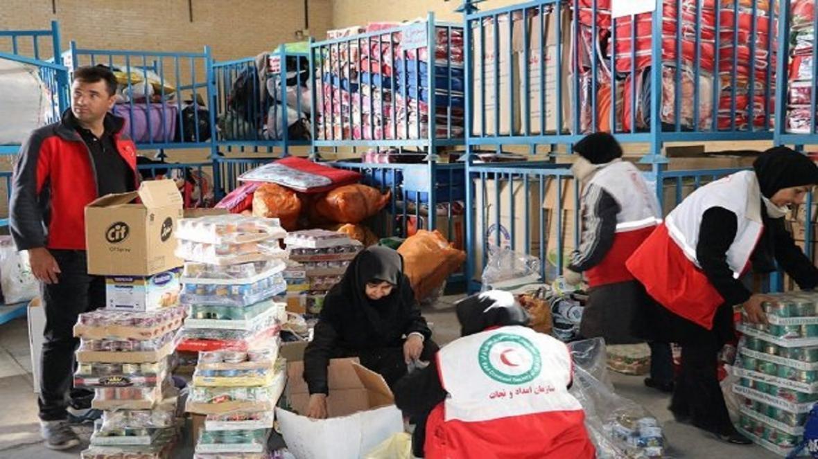 توزیع 5 هزار مواد غذایی در مناطق زلزله زده قطور