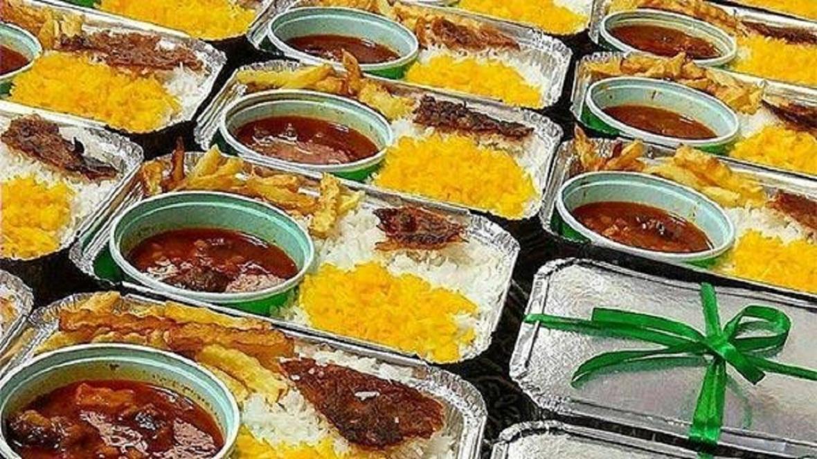 35000 پرس غذای متبرک در روستا های کم برخوردار خراسان رضوی توزیع شد