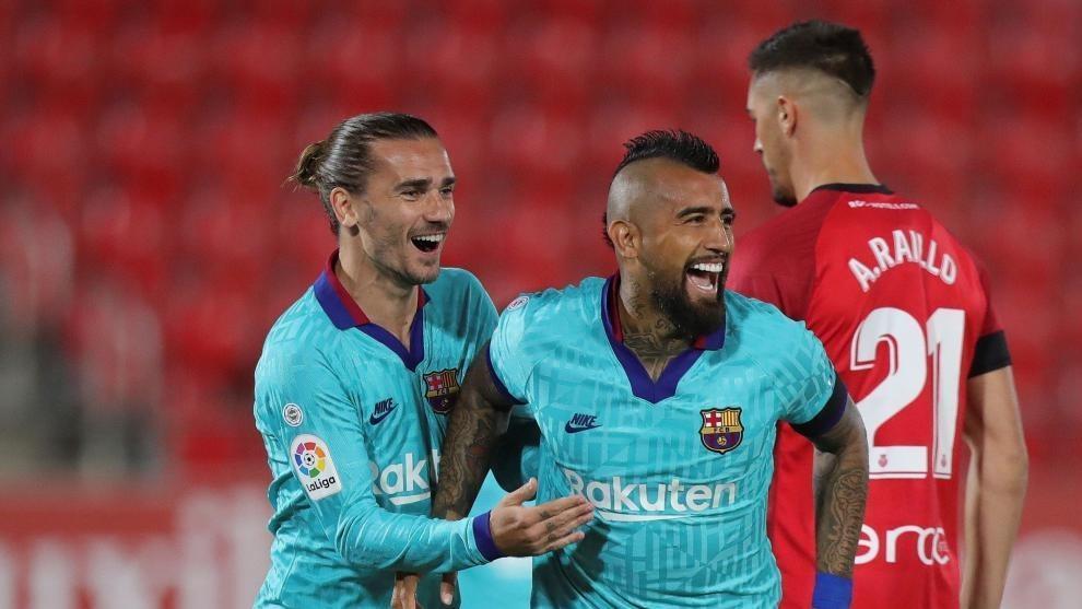 چراغ سبز ستاره بارسلونا برای بازی در آرژانتین