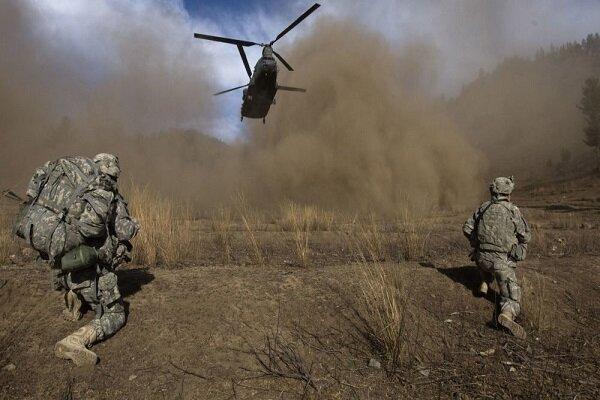 حمله آمریکا به مواضع طالبان در هلمند افغانستان