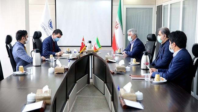 موانع تجارت ایران و ترکیه با مذاکرات سازنده قابل حل است