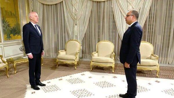 رئیس جمهور تونس، نخست وزیر را به نقض قانون اساسی متهم کرد