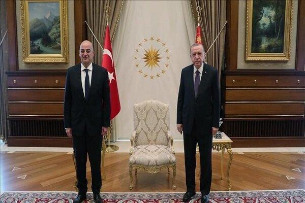 دیدارهای دیپلماتیک وزیر خارجه یونان با مقامات ترکیه