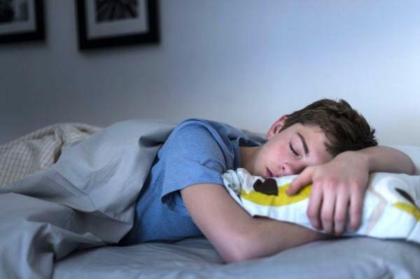 5 میوه که خواب شب را عمیق می کند