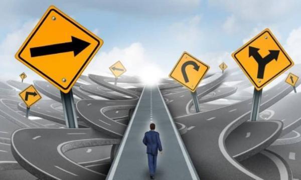 5 علت که باعث می گردد درست تصمیم گیری نکنیم
